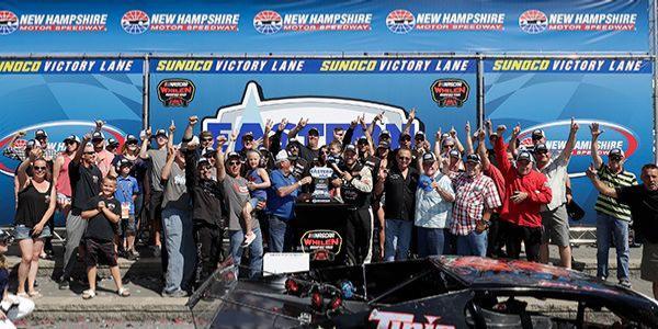 Bobby Santos III Wins the NASCAR Whelen Modified Tour Eastern Propane & Oil 100