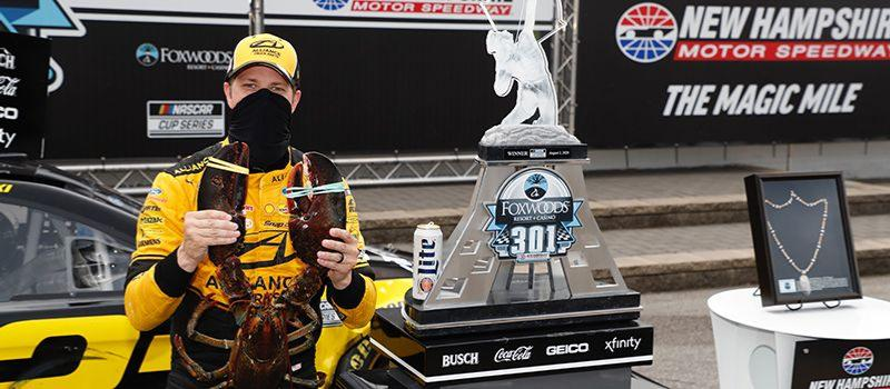 Brad Keselowski holds 18-pound Loudon the Lobster in victory lane at New Hampshire Motor Speedway after winning the NASCAR Cup Series Foxwoods Resort Casino 301 on Sunday, Aug. 2, 2020